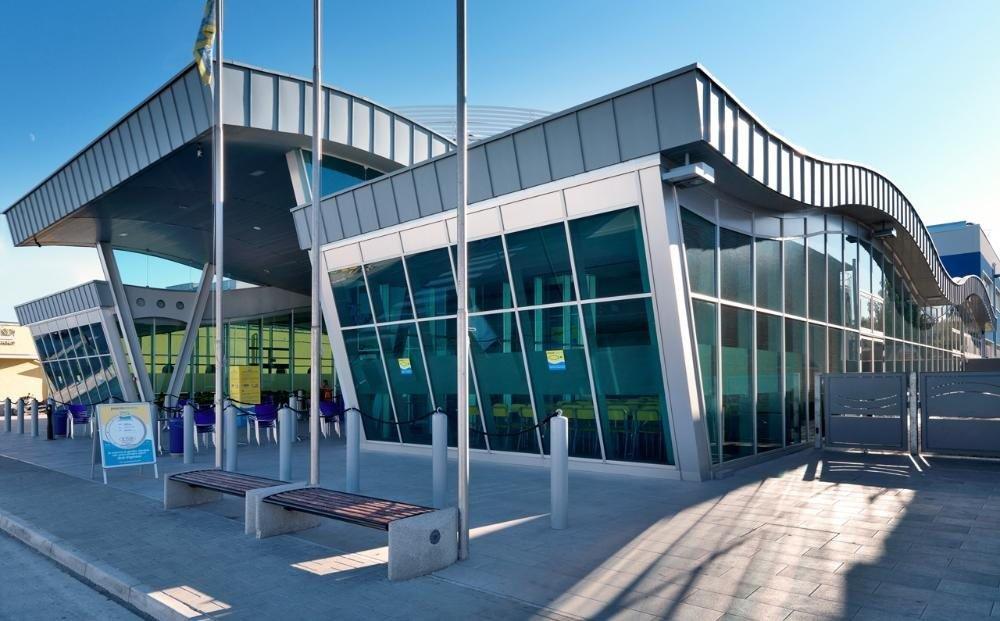 Fondi industriali e commerciali innovation building system for Capannone moderno